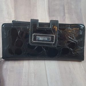 Kenneth Cole Reaction Wristlet ? Wallet